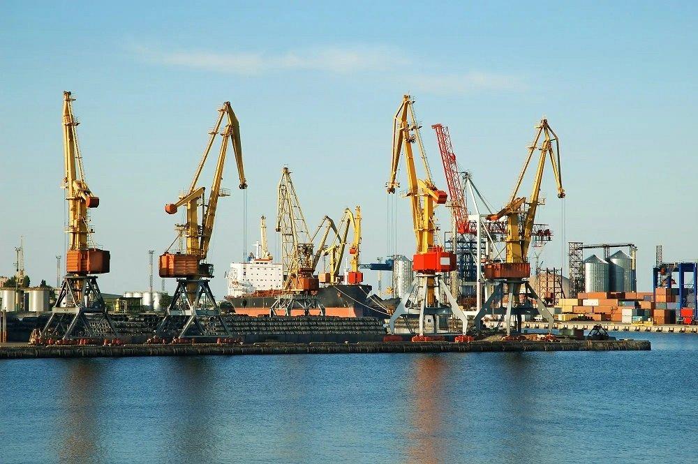 In a sea port